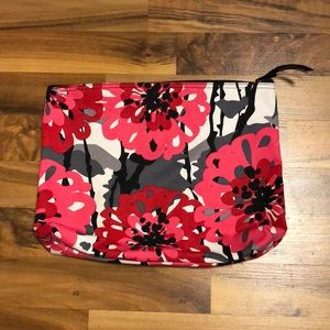 Thirty-One Zipper Pouch